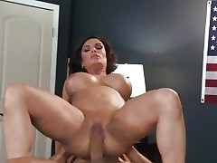 Sizzling Diamond Foxxx acquires dicked up her soaked snatch
