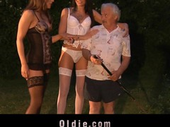 These two juvenile gals accuse the poor old man of stealing just to reach him. Savannah Secret and Erika Bellucci wish lengthy time to try an oldyoung fucking assorted with sucking and milking now happen