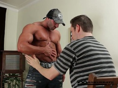 Massive muscles stripper max getting worshipped by lustful chap