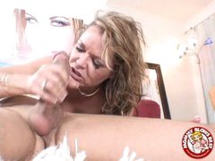 Smutty Sexy Kelly Leigh Could Not Wait To Taste Her Reward Spurting On Her Face hole