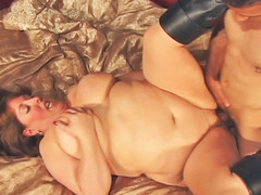 Mindie Mambos is unstoppable one time her rolls are set in motion! Using each inch of her body to her advantage, Mindee is fucked unfathomable and lengthy previous to this babe is showered wth cum!
