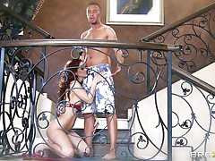 It was not even in the wildest dreams of this hotty that his chap will refuse to fuck her. It was really sufficiently to urinate off this hot hotty as this babe drives off in huff. In contrast, there is this guy, who is seducing the hot woman to fuck her senseless.