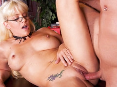 Nerdy librarian Heidi Mayne acquires her love tunnel slammed