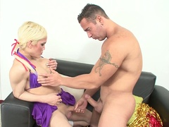 Lady-boy cheerleader acquires his ass banged