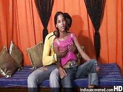 An 18 Year Mumbai Cute Beauty Doing Sex with her Ally Raju