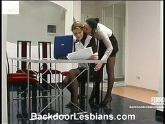 Rosa&Ninette awesome anal lesbo clip